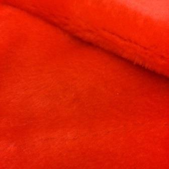 Plush-T-101 — красный плюш