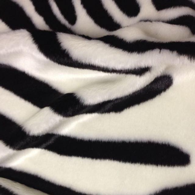 Искусственный мех ЗЕБРА для ковриков и накидок мягкой мебели — ДЖС-2-561 ПВ1